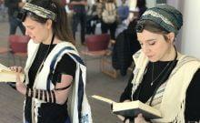 Des femmes et des Juifs transgenres vous apprendront comment mettre les tefillins