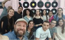 Israël: un directeur et ses élèves ont ouvert un café au profit des soldats solitaires