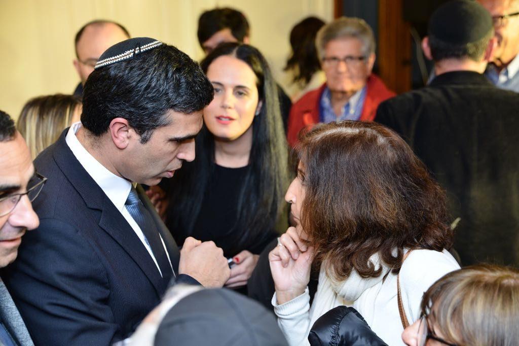 : le candidat au poste de maire de Netanya offre la 3eme place sur sa liste municipale a une ola de France