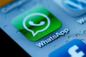 Le groupe Whatsapp de la famille Eyal est très studieux