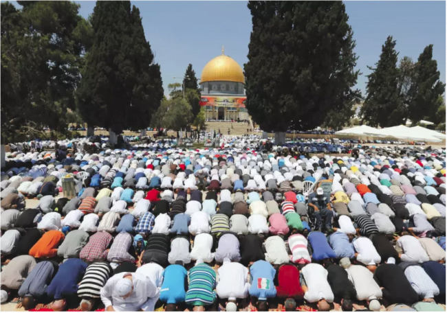 Le Mufti de Jérusalem publie une fatwa contre le transfert de terres aux ennemis