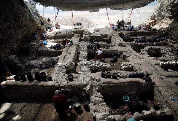 Les fouilles archéologiques pourront débuter après la relocalisation de la prison, d'ici 2021.