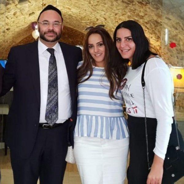 Israël: la chanteuse Nasreen Kaddari est devenue juive