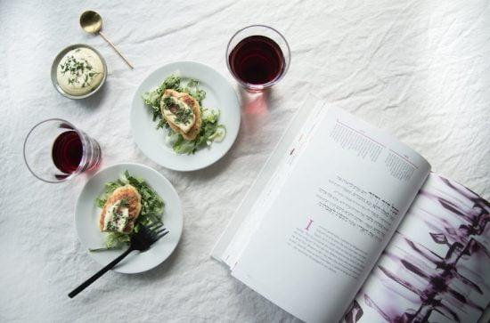 Les galettes de poisson de Kristin Eriko Posner pour Pâque sont inspirées du gefilte  fish et des galettes de poisson japonaises.