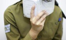 Israël: les souffrances d'une jeune fille orthodoxe à l'armée