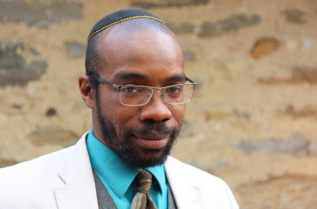 Le roman d'un rabbin orthodoxe noir s'attaque au racisme dans la communauté juive