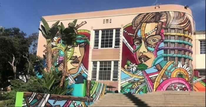 Un graffiti en soutien à Israël peint à la bombe sur un lycée de Los Angeles