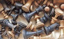 La fédération des échecs disqualifie les Saoudiens pour avoir banni les joueurs israéliens