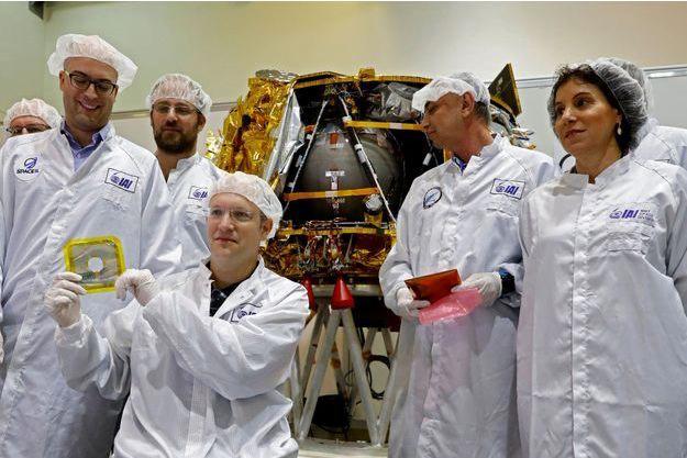 Bereshit la capsule temporelle prête pour son voyage sur la Lune