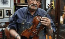 Luthier Israèlien  qui restaure les violons de la shoah