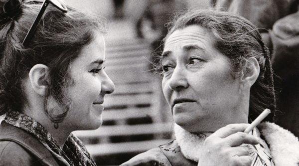 Lien Brilleslijper avec sa fille Jalda à Berlin dans les années 1970. (Gracieuseté de la famille Brilleslijper)