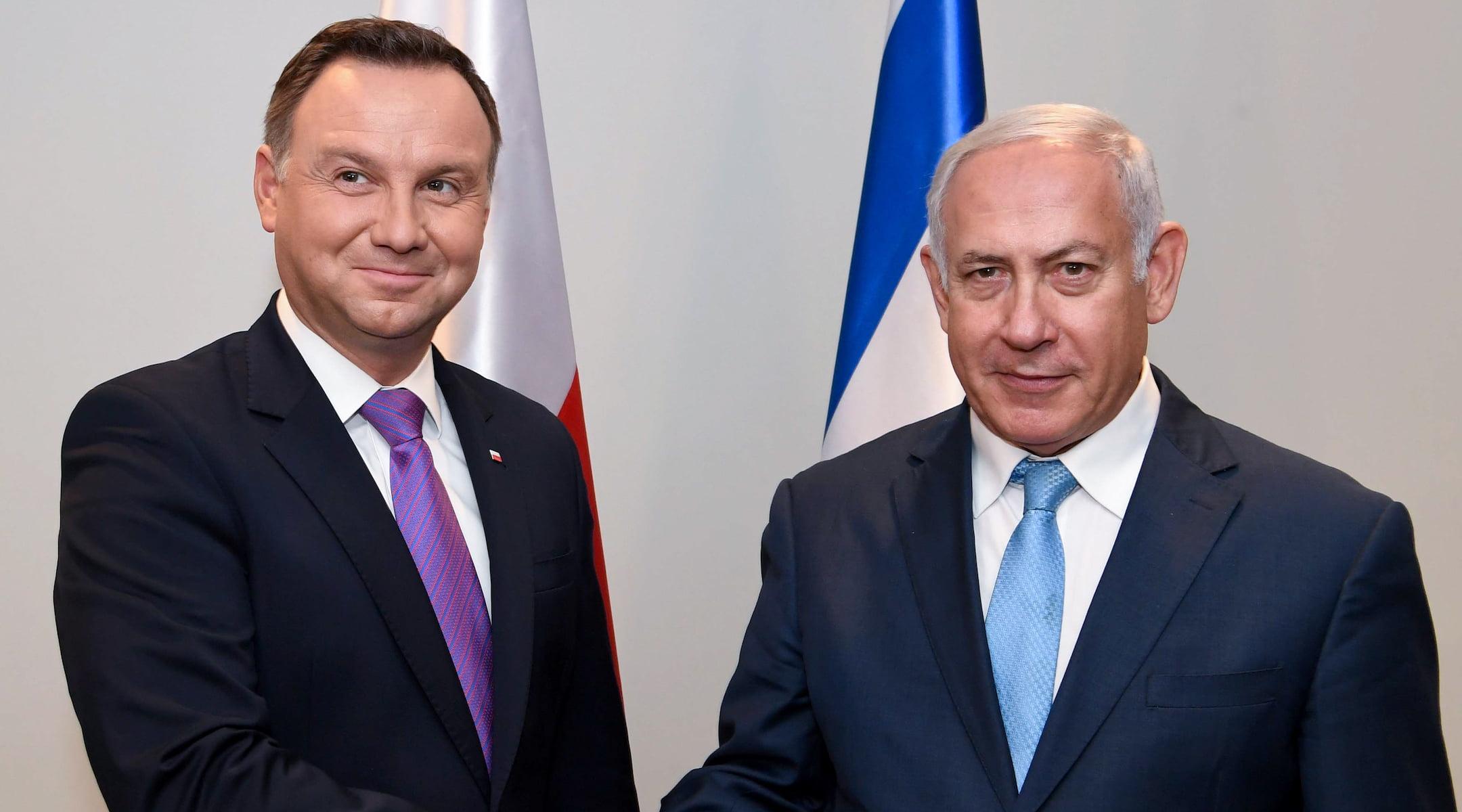 Le Premier ministre israélien Benjamin Netanyahu, à droite, rencontre le président polonais Andrzej Duda au siège des Nations Unies à New York, le 26 septembre 2018. (Avi Ohayon/GPO