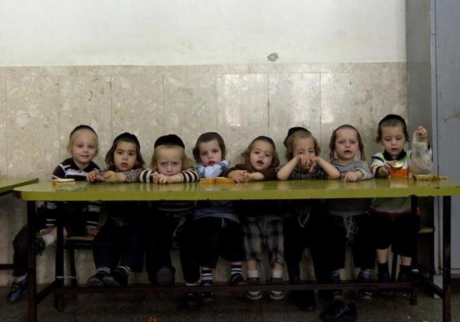 865,000  enfants vivent en dessous du seuil de pauvreté,