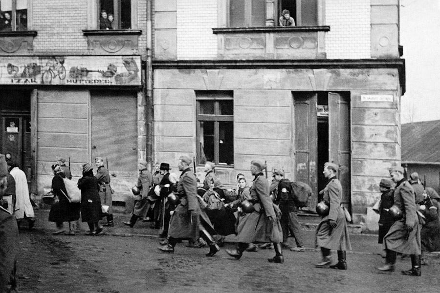 La Pologne nazie refuse de restituer les biens au Juifs survivants de la Shoa