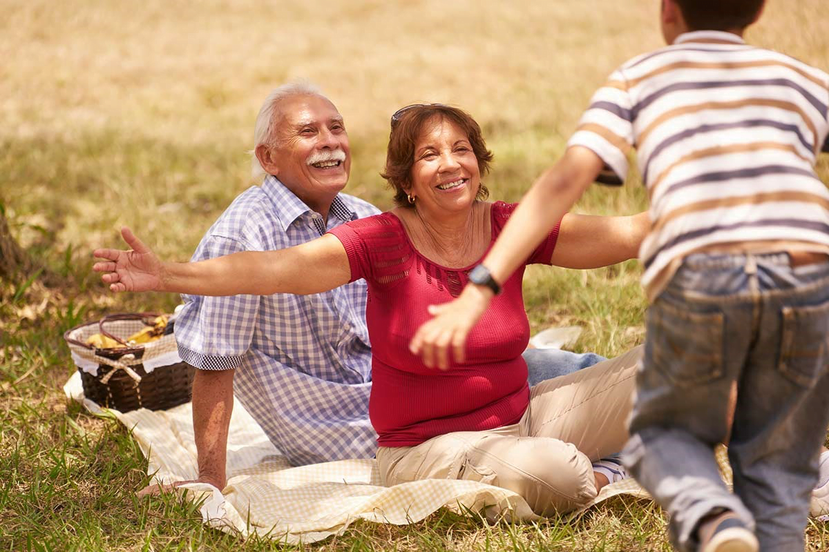 Le lien indéfectible entre les grands-parents et leurs petits enfants en Israël