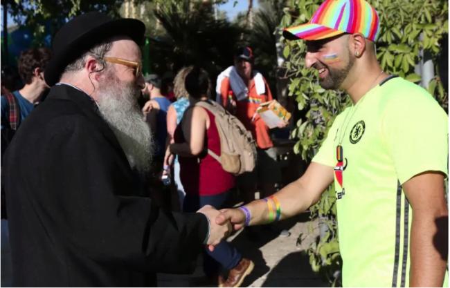 Des parents juifs orthodoxes souhaitent plus d'ouverture sur les questions LGBTQ