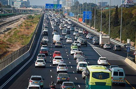Trop de voitures et pas assez de routes nuisent à la capitale technologique d'Israël