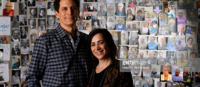 Ce couple parcourt le monde pour photographier tous les survivants de l'Holocauste