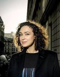 Delphine Horvilleur est aussi une femme d'exception: journaliste, philosophe, rabbin.