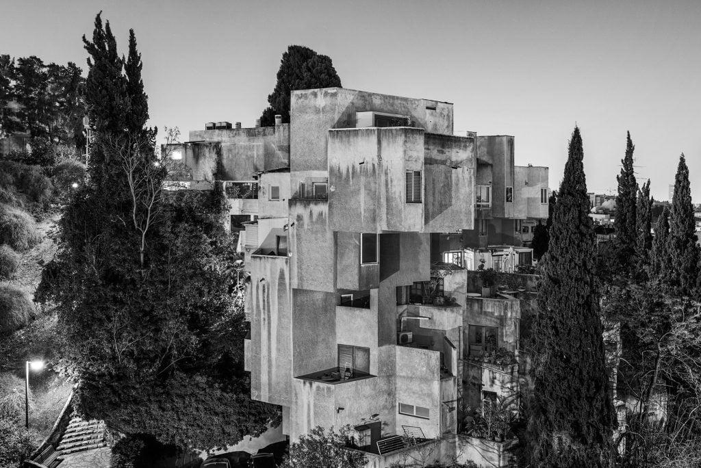 Artiste juif : Eli Singalovski,  poétique de la ville