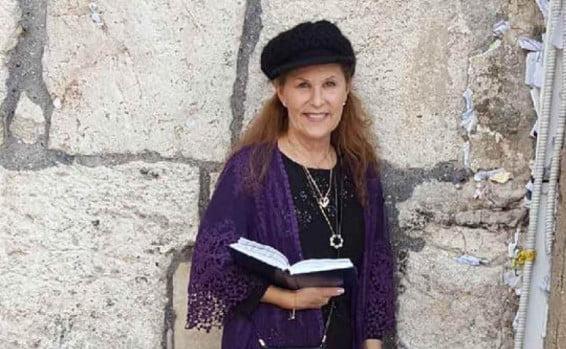 Fusillade à Poway : une héroïne juive donne sa vie pour protéger le rabbin de la synagogue