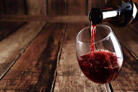 Comment les diabétiques boivent-ils les quatre coupes de vin?