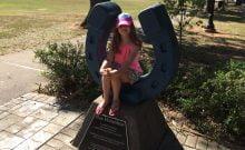 Keith Jacks Gamble a déclaré que sa fille avait été réprimandée pour avoir reproché à ses camarades de suivre le salut de Sieg Heil. (Keith Jacks Gamble / Twitter)