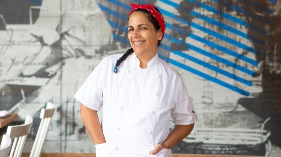 La chef Einat Admony des restaurants Balaboosta, Taim Falafel et Kish-Kash à New York. Photo par Maya & Michelle Creative