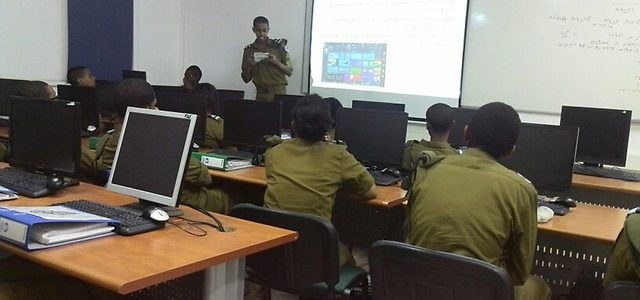 Un soldat israélien d'origine éthiopienne dénonce les propos racistes de son commandant