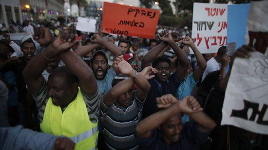 Des Israéliens d'origine éthiopienne protestant contre la discrimination et les brutalités policières lors de manifestations de grande ampleur en 2015 (Photo: AFP)