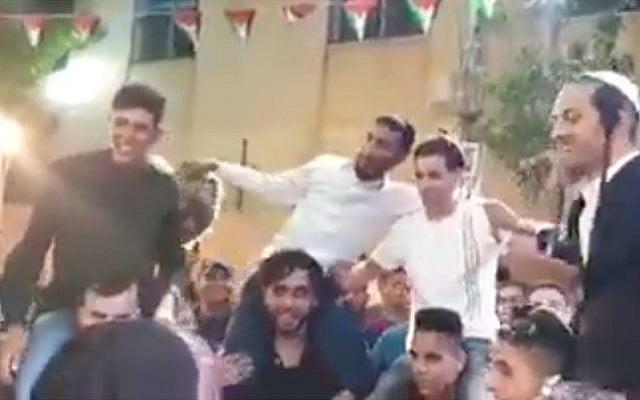4 israéliens s'incrustent à un mariage palestiniens et mettent une drôle d'ambiance