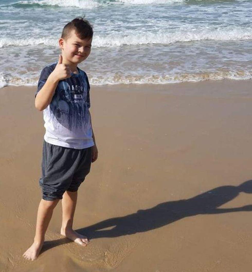 Timofey Ashorta décédé à la suite d'une chute d'une falaise sur la plage de bat yam