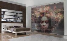 Armoire à affichage décoratif