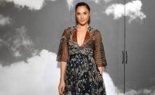 Des stars mettent les marques israéliennes à l'honneur au défilé haute couture de Dior à Paris