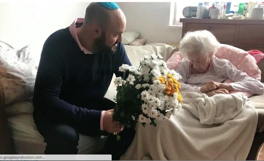 la doyenne des justes parmi les nations a fêté ses 102 ans