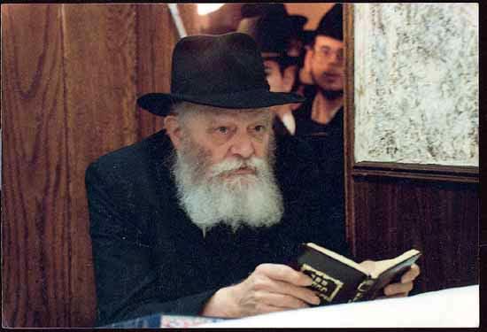 Le Rabbi de Loubavitch est mort voilà 25 ans, voici comment son mouvement a survécu