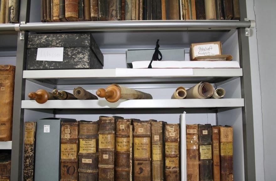 le parcours atypique de quatre anciens manuscrits
