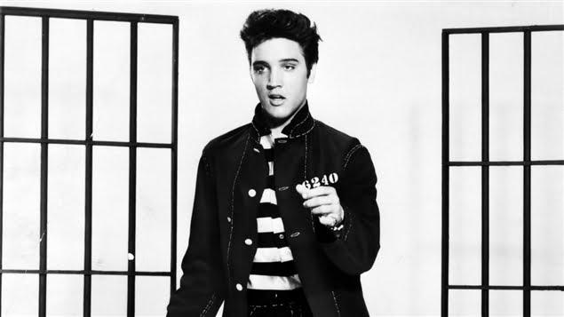 Résident de Bat Yam il a participé aux imitations internationales d'Elvis au Canada