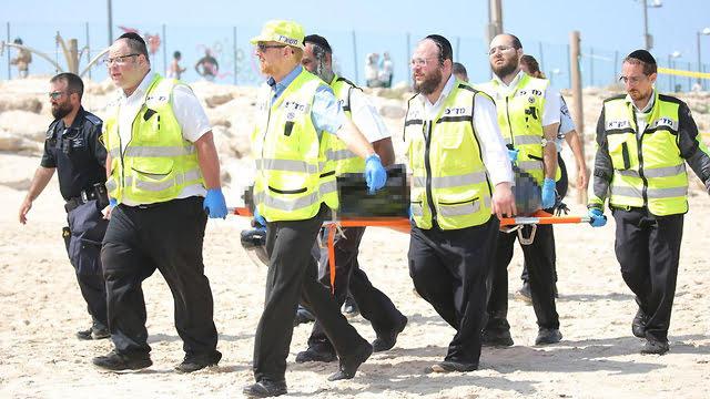 Après 10 heures: le corps du jeune homme disparu sur la plage du delphinarium a été retrouvé