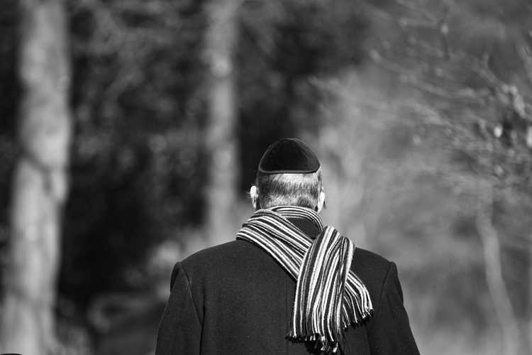 Un néo nazi se convertit au judaisme et est venu vivre en israel