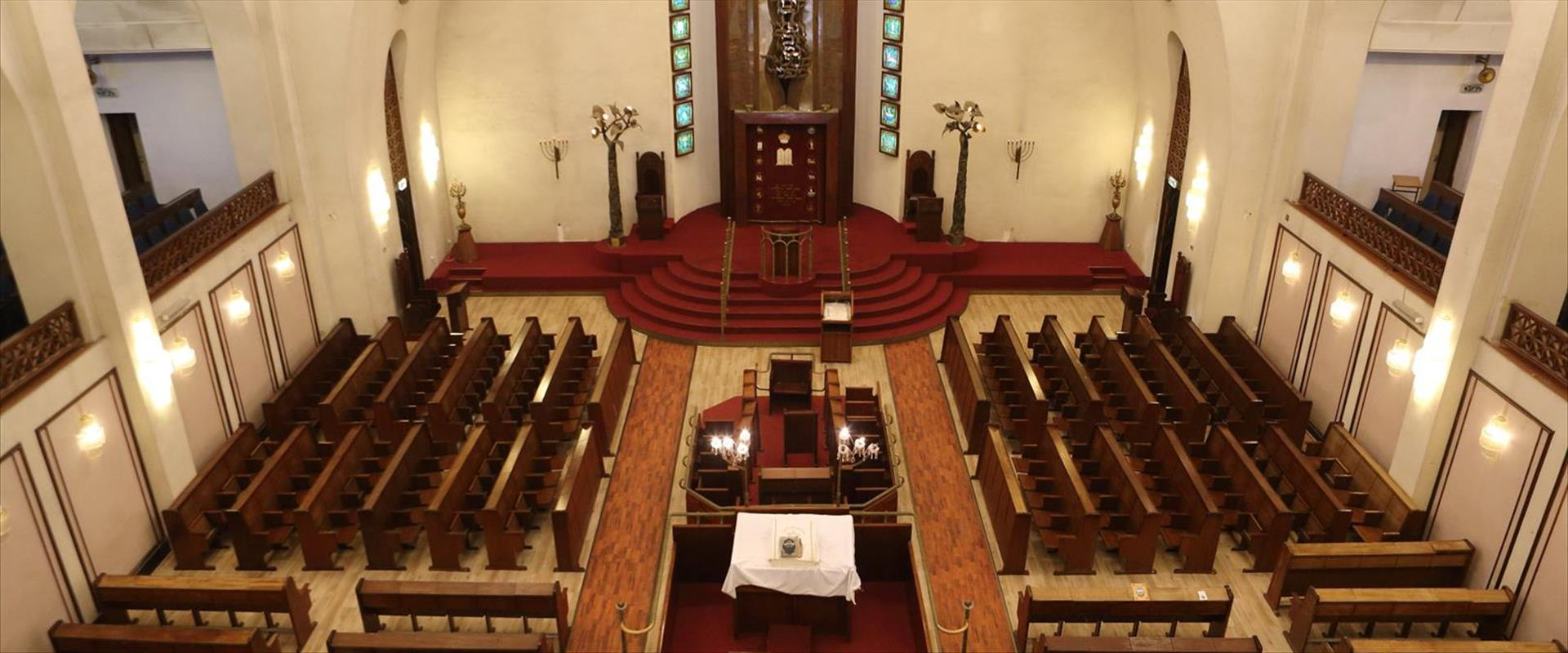 Soldats de Tsahal doivent payer 10 NIs pour rentrer dans la synagogue de Tel Aviv