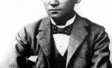 Franz Kafka (1883-1924) écrivain tchèque, sur cette photo en 1898.•