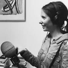 Née en 1986, Léa Veinstein travaille pour France Culture et Arte Radio. Elle a consacré une thèse à l'oeuvre de Kafka et sera, en 2020, commissaire d'une exposition que le Mémorial de la Shoah consacrera aux derniers survivants.