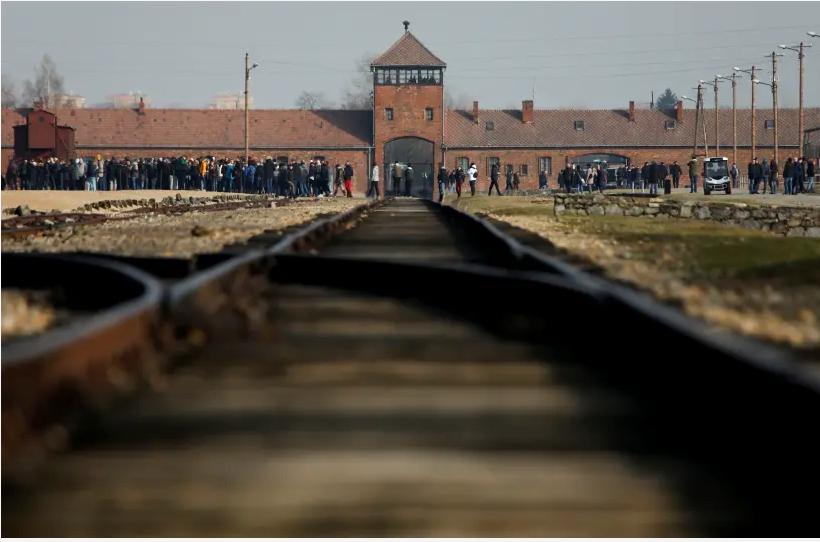 La chancelière allemande Angela Merkel se rendra pour la première fois à Auschwitz