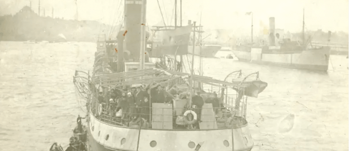 THE 'RUSLAN' anchors at the port of Istanbul on its way from Odessa to Israel in 1919. (photo credit: JABOTINSKY INSTITUTE IN ISRAEL)