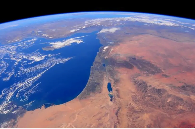 L'astronaute juive Jessica Meïr publie une photo de Tel Aviv