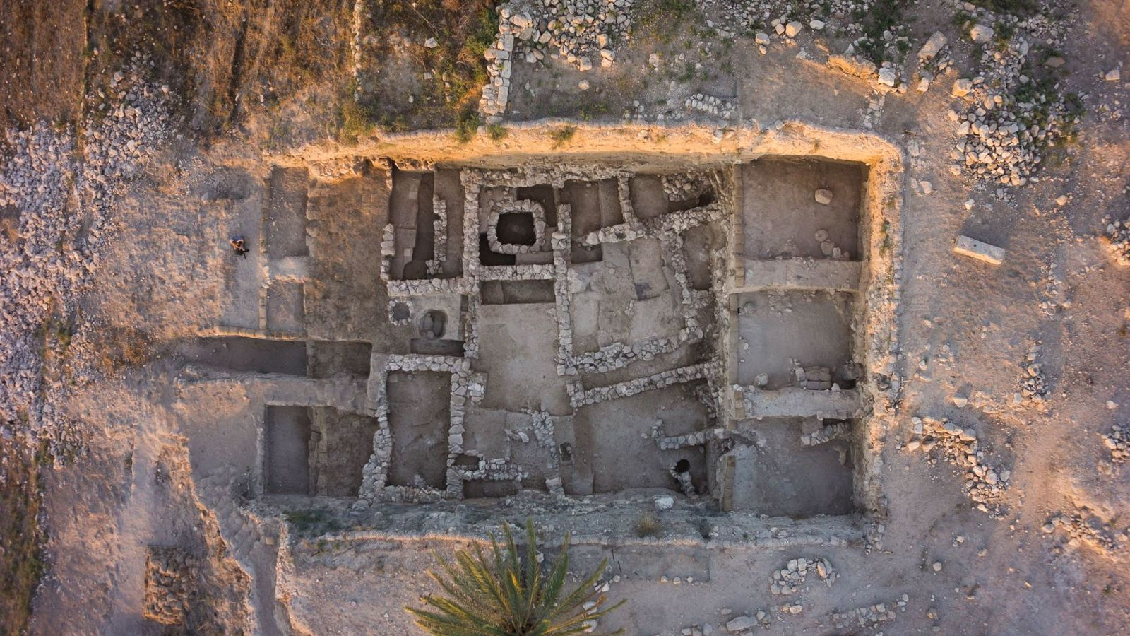Tel Megiddo était une importante cité-Etat cananéenne pendant l'âge du bronze. De nouvelles analyses ADN révèle que la population de la ville comprenait des migrants des montagnes du Caucase.