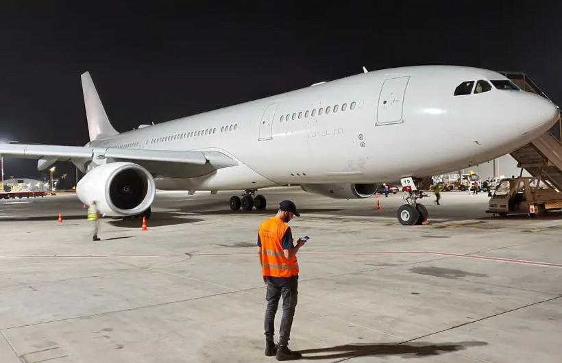 Le tout premier vol direct d'Abou Dhabi à Israël atterrit le 19 mai 2020 (crédit photo: ISRAEL AIRPORTS AUTHORITY)