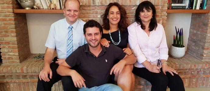 Fondateurs d'Air Doctor (de gauche à droite): Yegor Kurbachev, Yam Derfler, Efrat Sagi Ofir, Jenny Cohen Derfler