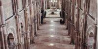L'art juif dans les chemins de lumières des églises